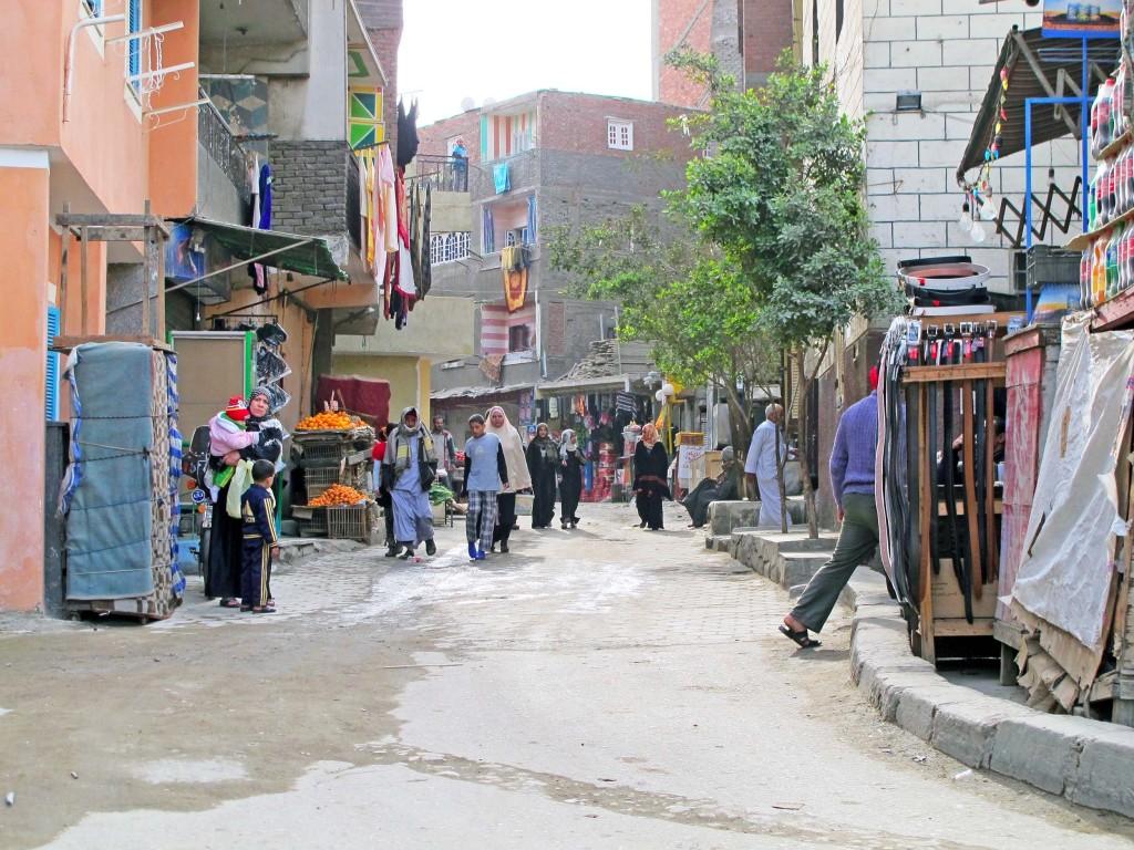 أحد شوارع عزبة بخيت. تضامن 2015