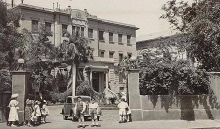مدرسة القلب المقدس بالقاهرة. المصدر