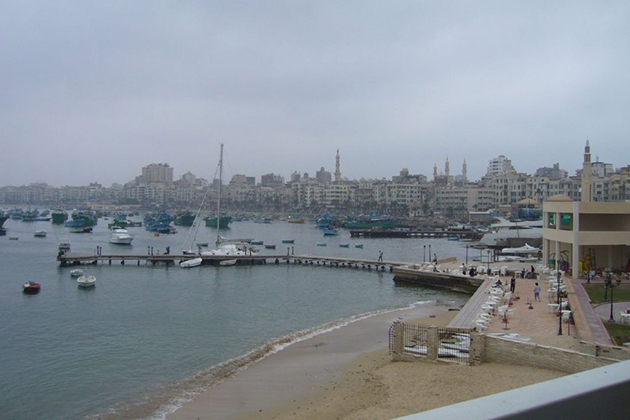 الشكل 9: منظر لحي بحري من النادي اليوناني سنة 2008 (المصدر: Rob Leemhuis)