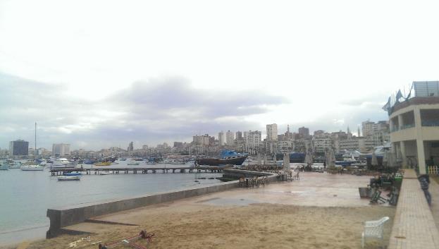 الشكل 11: منظر لحي بحري من نادي اليخت اليوم (المصدر: Niko Six)