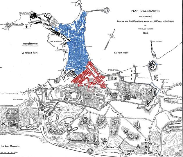 الشكل 4: خريطة تُظهر الفصل بين البلدة التركية (مظللة بالأزرق) والحي الأوروبي (مظللة بالأحمر) ضمن خريطة الإسكندرية التي رسمها تشارلز موللر سنة 1855. (المصدر: Gustav Jondet, Atlas Historique de la ville et des ports d'Alexandrie, 1921)